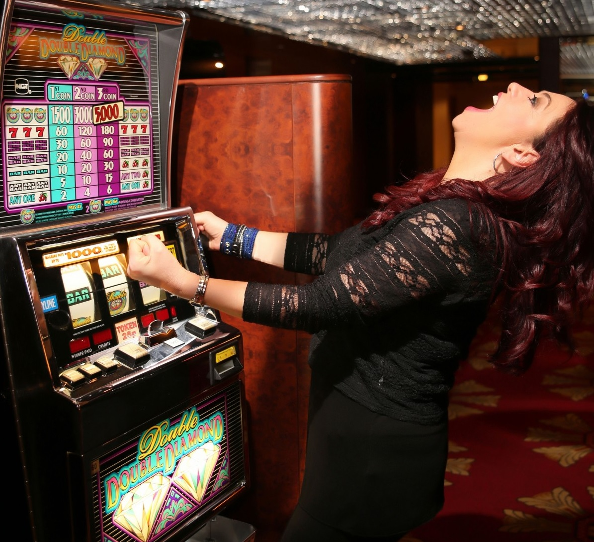 Selecting a Good Casino Site to Play Slot Games