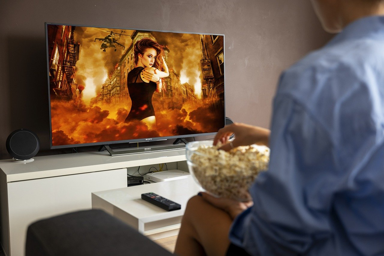 Five most important benefits of watching movies in the cinema hall!