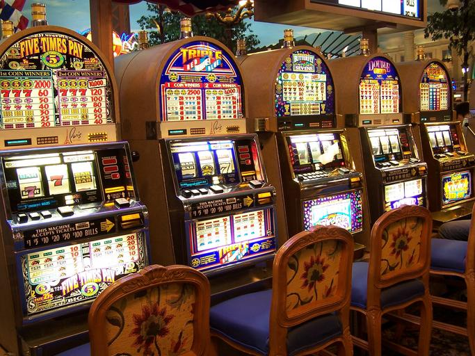 How to make sure that one hits in slot games of Dominoqq free?