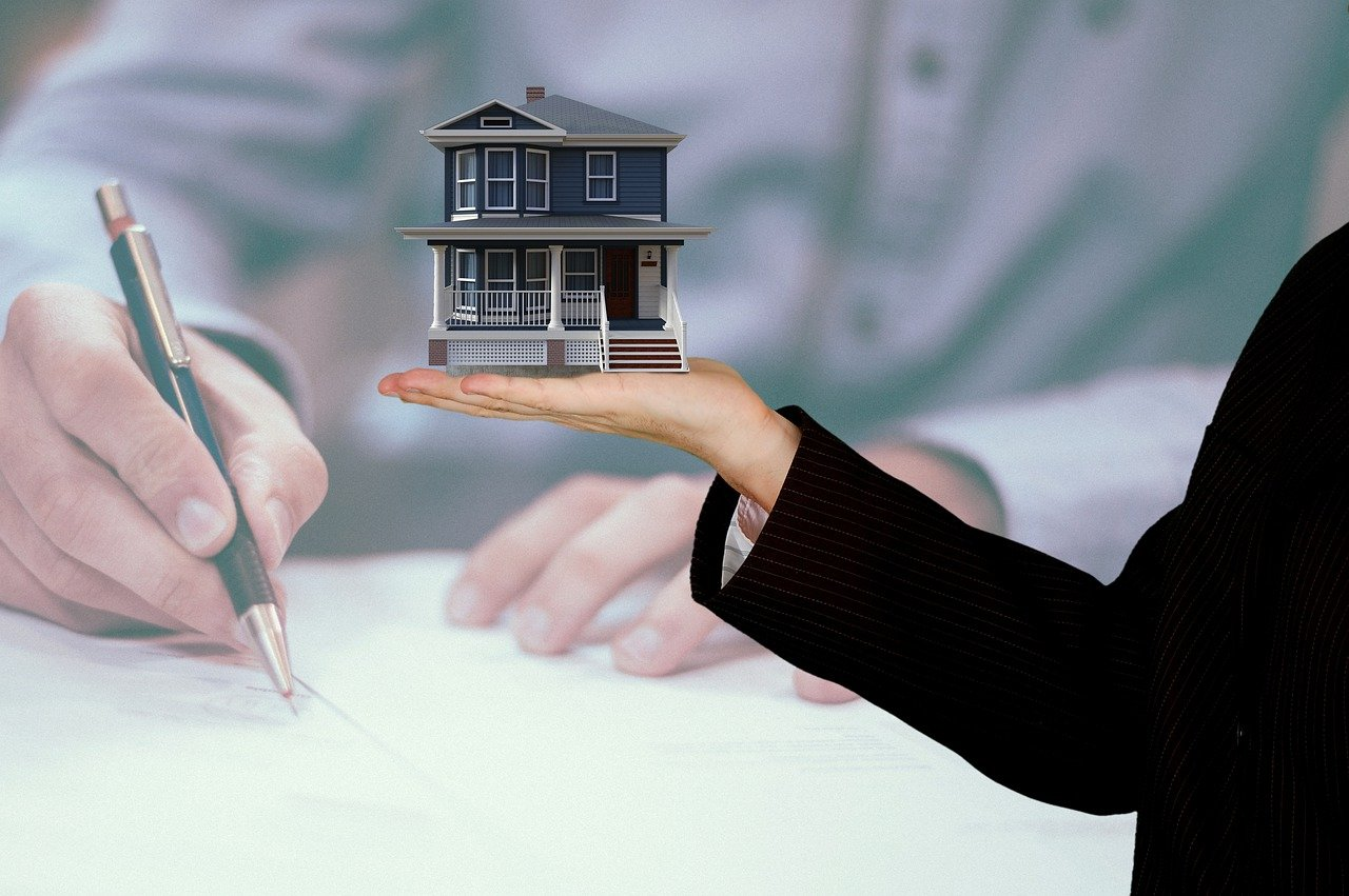 What Qualities Should a Real Estate Agency Have?