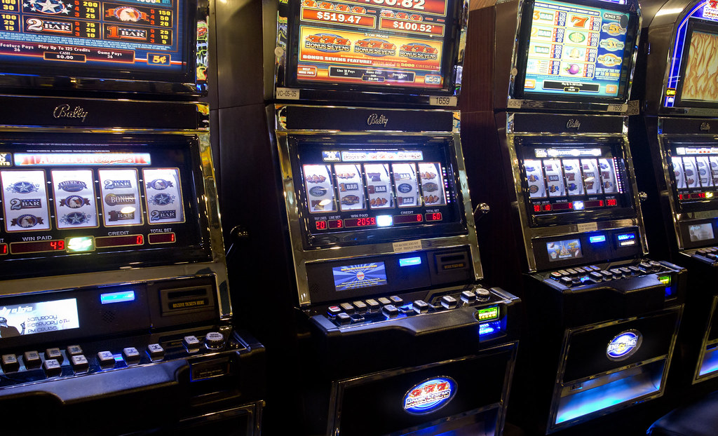 10 Essential Facts You Must Know About Online Slot Game Service Providers!